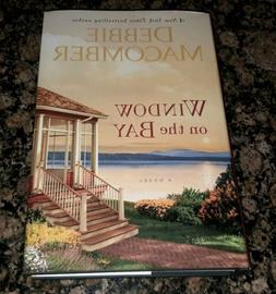 Window on the Bay: A Novel HARDCOVER BOOK - Large Print, Jul